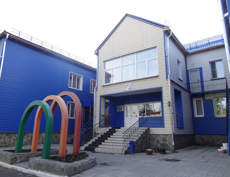 Под профильный детский дом реконструировали бывший детсад Фото: Андрей Гусельников URA.RU
