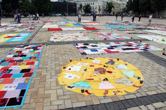 quilt-18-may-2014-1-jpg__640x426_q85_crop_upscale