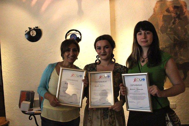 armenia-journalist-prize_1-jpg__650x433_q85_crop_upscale