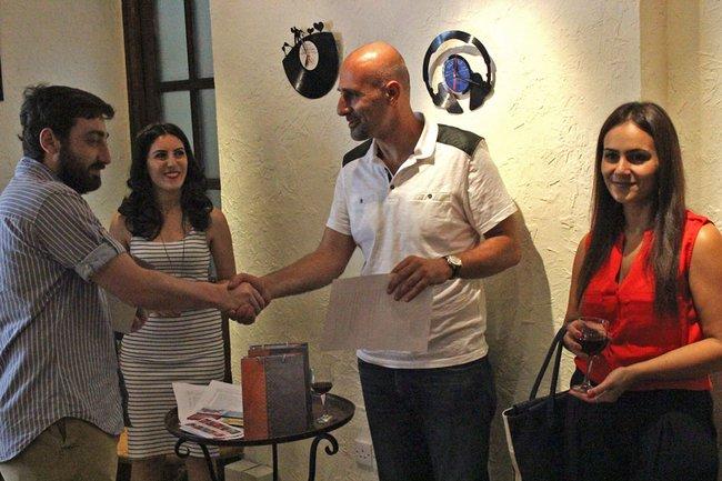 armenia-journalist-prize_4-jpg__650x433_q85_crop_upscale
