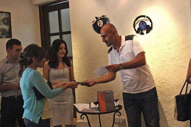 armenia-journalist-prize_5-jpg__650x433_q85_crop_upscale