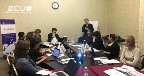 Эксперты НПО Казахстана обсудили с госчиновниками механизмы расширения доступа к современному лечению ВИЧ