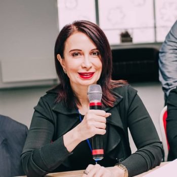Лейла Сулейманова